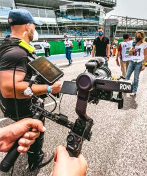 MEBU Live Interview - Filming in the DTM pit lane
