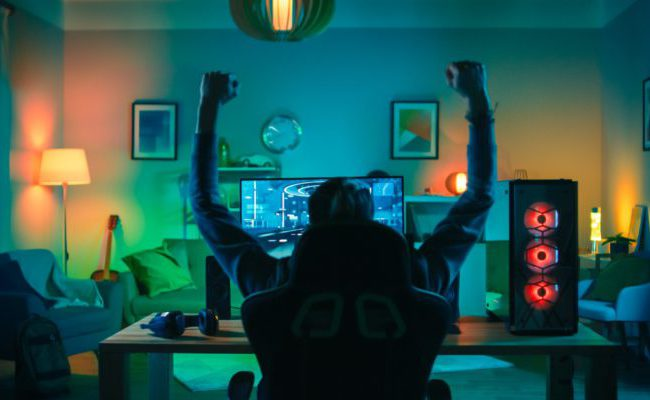 At Home and Cinemas - Watching live e-sport at home